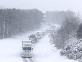 Traffic on the M876 near Falkirk