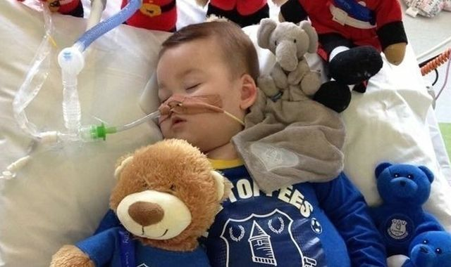 Judge rules life support for toddler can be withdrawn