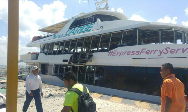 Ferry explosion injures 25 in Playa Del Carmen