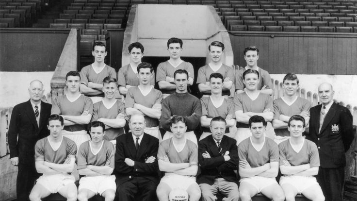 Jackie Blanchflower (back row, centre) and Johnny Berry (front row, second from left) were key members of Matt Busby's squad