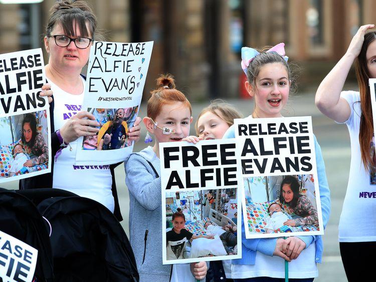 Free Alfie Evans posters