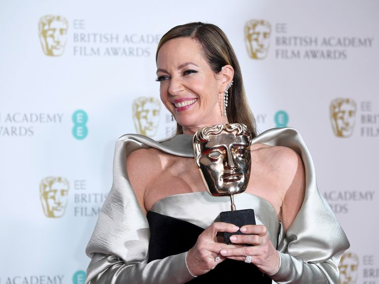 LONDON, ENGLAND - FEBRUARY 18: Actress Allison Janney, winner of the Best Supporting Actress award for her role in the movie 'I, Tonya' poses in the press room during the EE British Academy Film Awards (BAFTA) held at Royal Albert Hall on February 18, 2018 in London, England. (Photo by Jeff Spicer/Jeff Spicer/Getty Images)