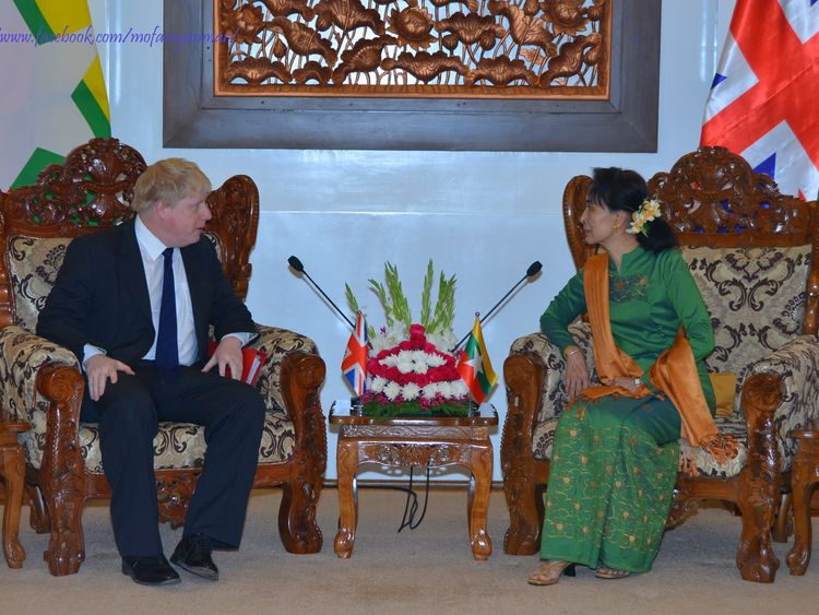 Boris Johnson meets with Aung San Suu Kyi in Myanmar
