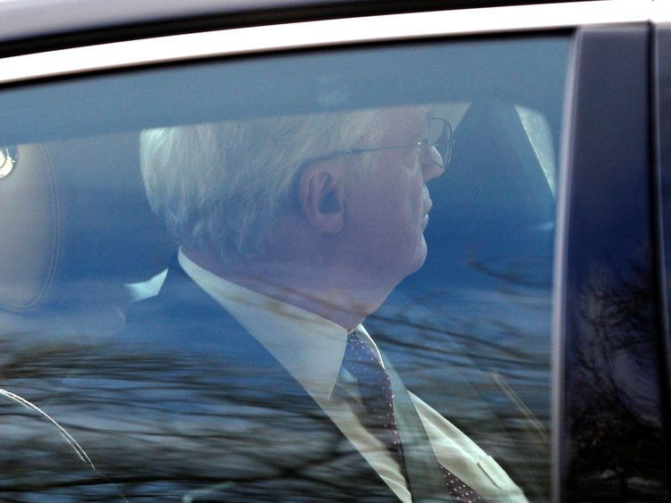 David Davis arrives by car at Chequers