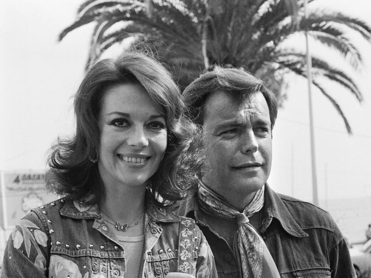 US actress Natalie Wood and her husband US actor Robert Wagner pose during the 29th Cannes Film Festival in Cannes