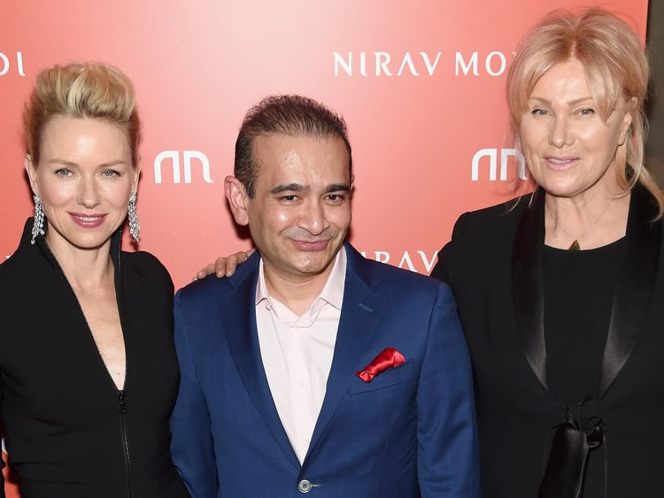 Nirav Modi with Naomi Watts at the opening of his New York outlet in 2015