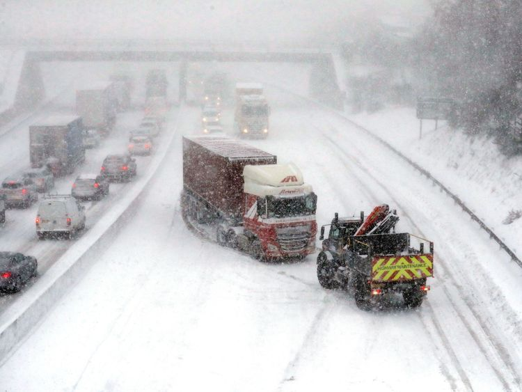 A lorry is pulled off to the side of the road on the M80 in Glasgow after getting stuck