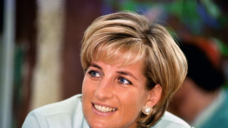 The play will explore how Princess Diana came to reveal her secrets to Andrew Morton