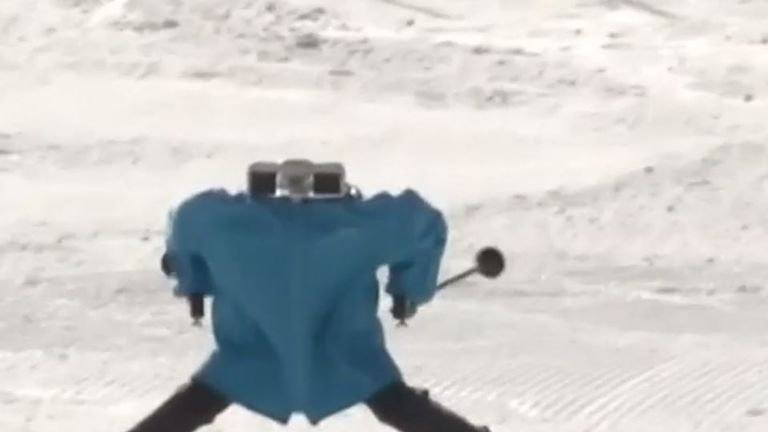 Robot skiing competition