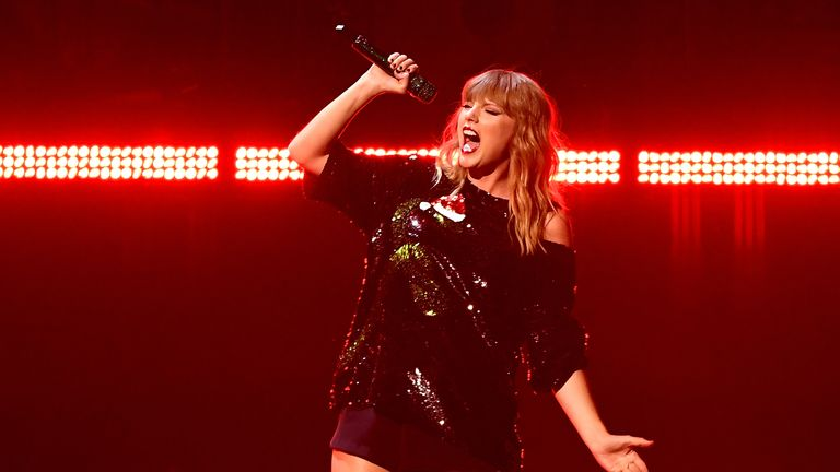 Taylor Swift on stage in New York in 2017
