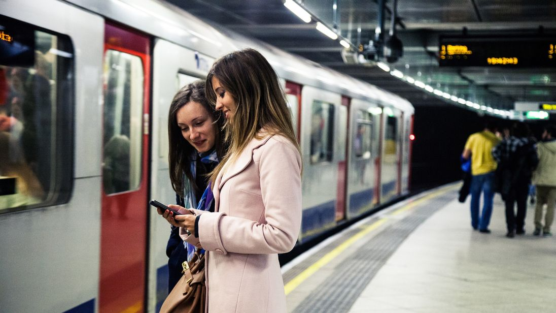The card would give a third off rail fares for people aged 26-30