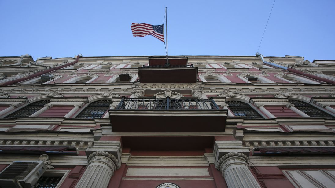Russia is to close down the US consulate in St Petersburg