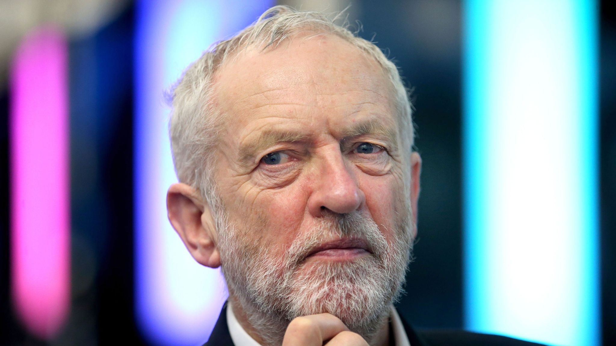 Jeremy Corbyn Infuriates House Of Commons With Russia Response