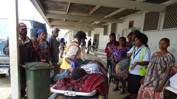 Fresh quake in Papua New Guinea 'traumatises' kids