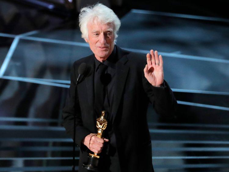 Roger Deakins win the best cinematography Oscar for Blade Runner 2049