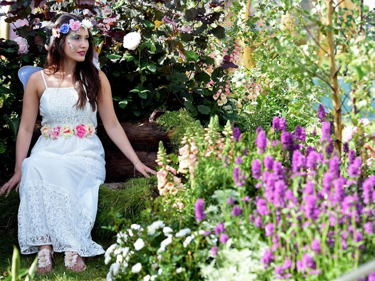 The Royal Horticultural Society holds an flower show in the country
