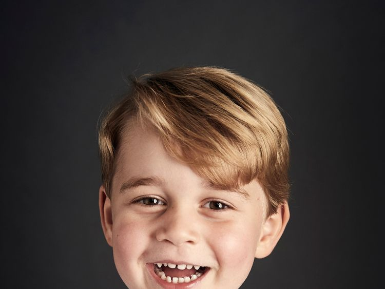 Prince George's official portrait for his fourth birthday