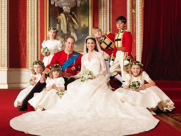 Prince Harry & Meghan Markle Emerge After Kate Middleton Gives Birth