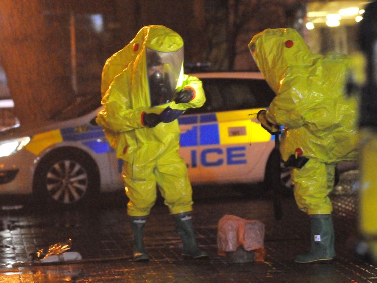 Police seeking nerve agent source — Russian spy poisoning