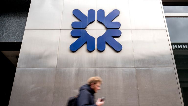 RBS approaches Morgan Stanley banker Chalmers to fill CFO