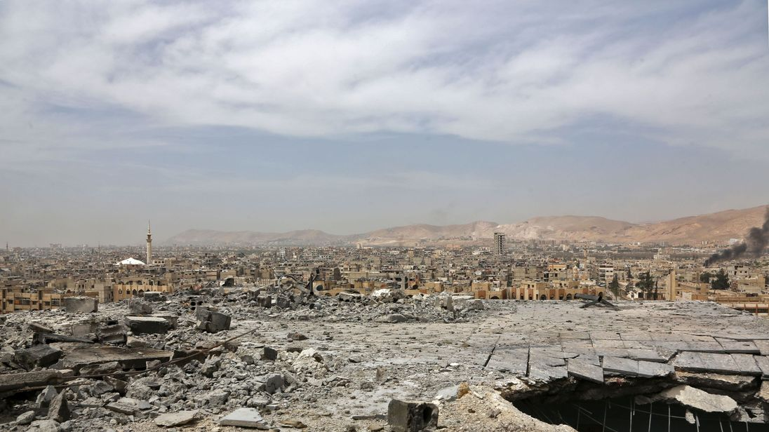 A general view of destruction in Douma on the outskirts of Damascus on April 17, 2018 after the Syrian army declared that all anti-regime forces have left Eastern Ghouta