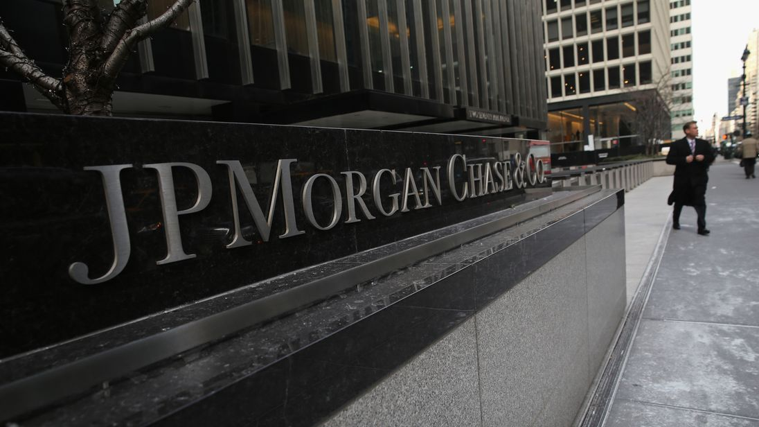 The JPMorgan Chase headquarters stands in Midtown Manhattan on January 8, 2014 in New York City