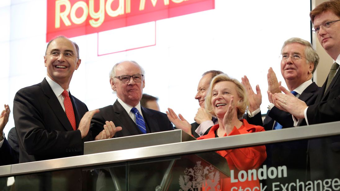 Royal Mail's (LON:RMG) Sell Rating Reaffirmed at Liberum Capital