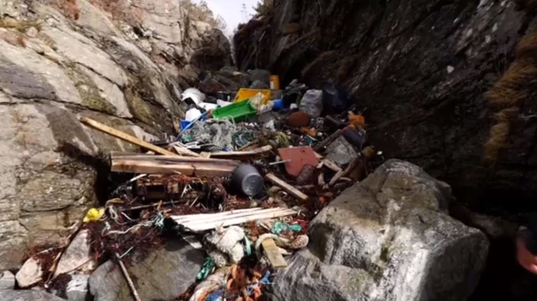 Tons of litter ends up on Norway's coast