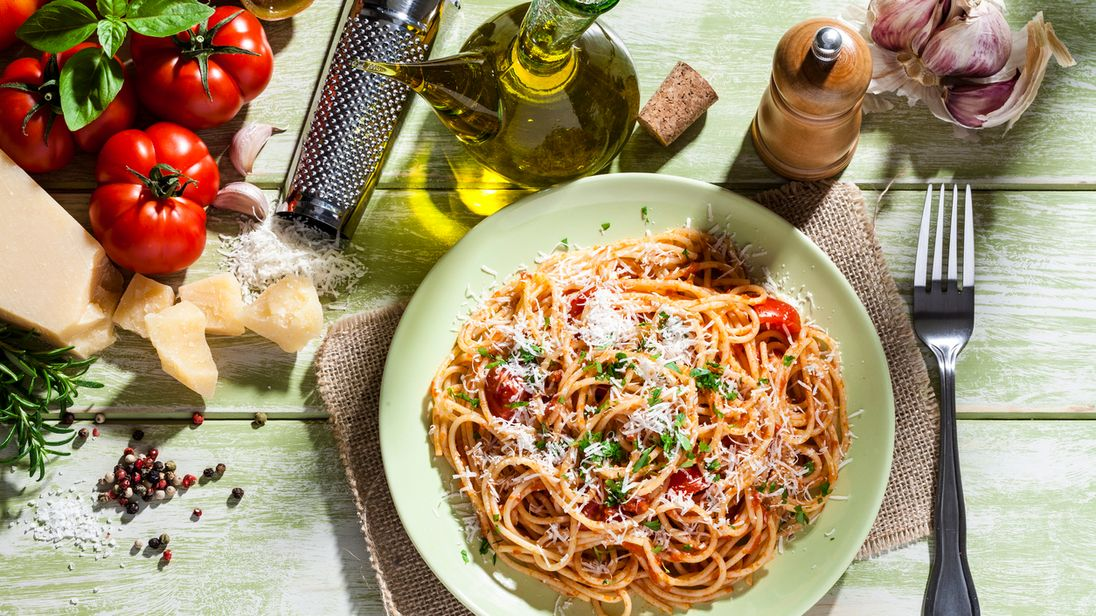 pasta helps weight loss new study finds