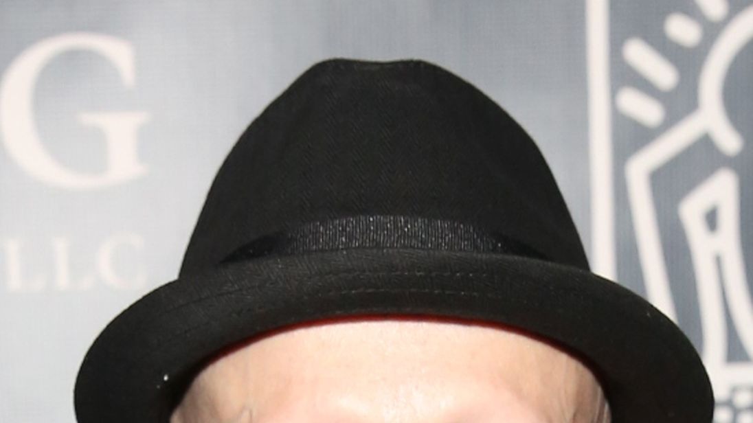 mini me actor verne troyer dies aged 49