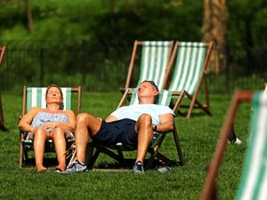 UK basks in hottest April day for 70 years