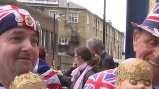 Royalists await the arrival of the Royal baby at St Mary's Hospital in London