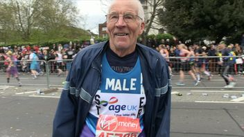 John Starbrook at 87 is the oldest runner taking part in the London Marathon on Sunday