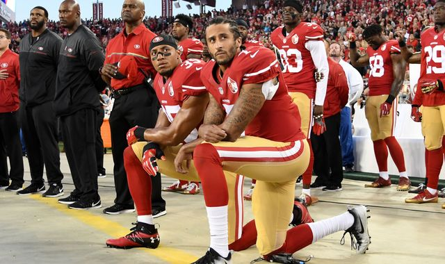 Amnesty International gives award to Colin Kaepernick for protests