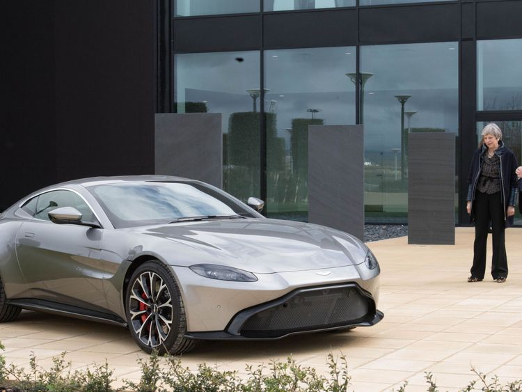 Aston Martin drives 'milestone' €5bn float