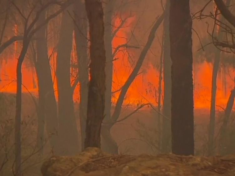 Prime Minister Malcolm Turnbull said the flames were fought in 'very high temperatures'