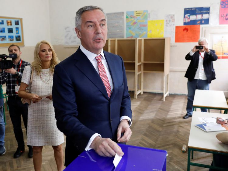Milo Djukanovic, the presidential candidate of the ruling DPS party (Democratic party of Socialists), casts his vote during Montenegro's presidential election, in Podgorica, Montenegro April 15, 2018