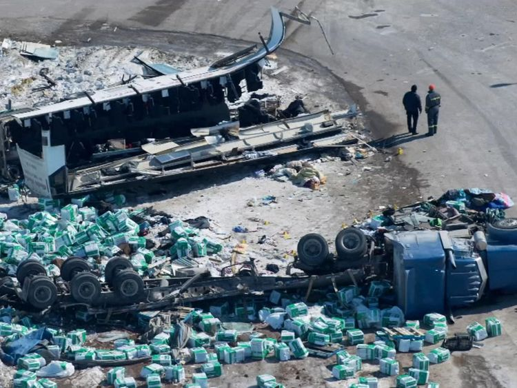 14 dead after truck hits bus carrying hockey team