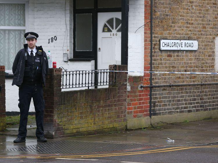 London Murder Rate Rises Above New York's as Stabbings Surge