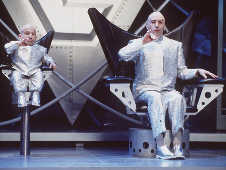 Tributes to 'caring' Mini-Me actor Verne Troyer