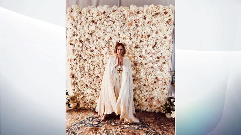 101694f4ab4 Adele gets  ordained  to marry Alan Carr at her home in Los Angeles ...