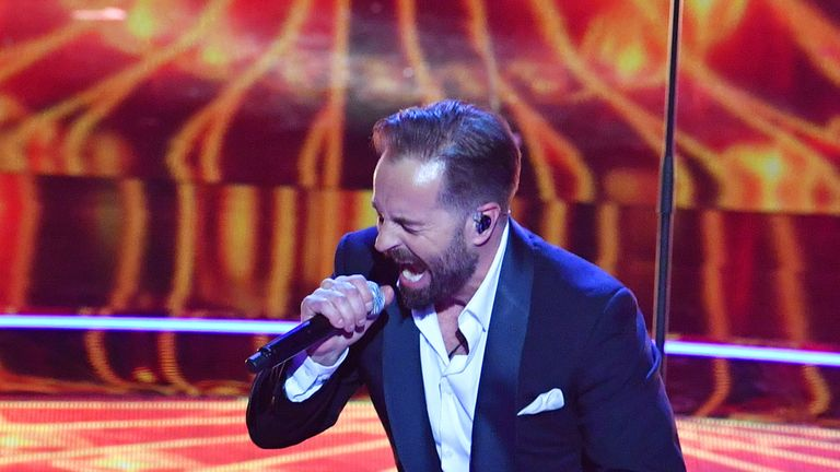 Alfie Boe performs at the Royal Albert Hall