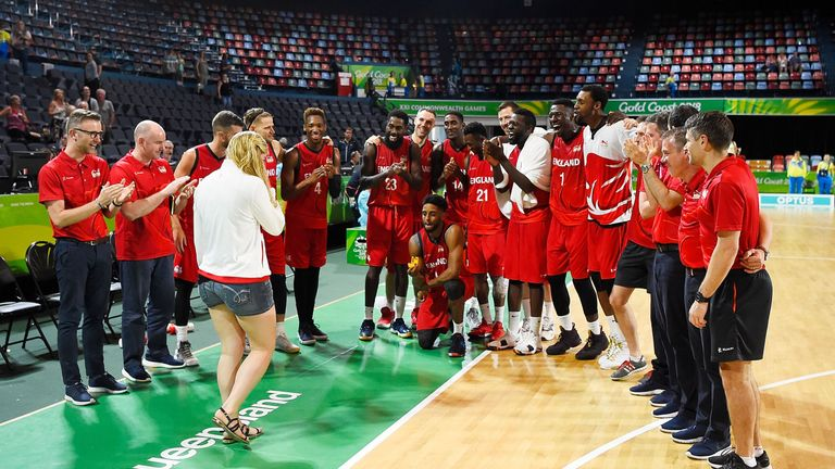 Basketball: Jamell Anderson proposes to girlfriend Georgia Jones at the end of the match between Cameroon and England in the Gold Coast 2018 Commonwealth Games