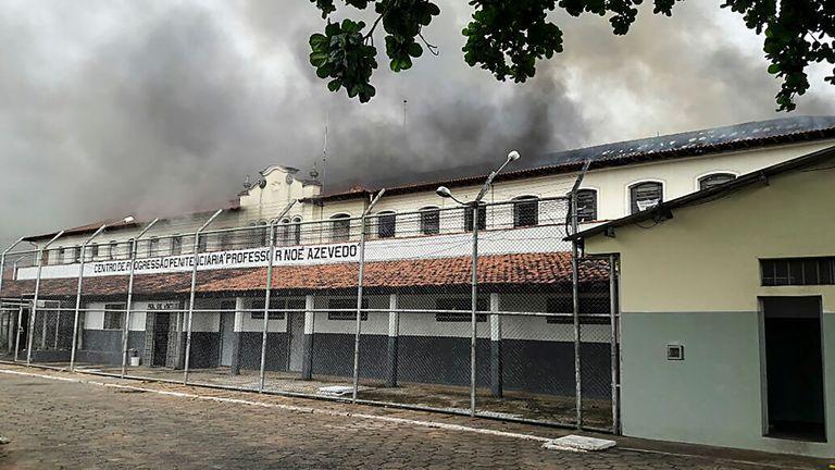 62 inmates broke out of Bauru's penitentiary in January 2017