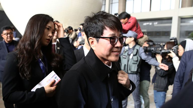 SEOUL, SOUTH KOREA - MARCH 31: South Korean singer Cho Yong-Pil departures to North Korea at Gimpo airport on March 31, 2018 in Seoul, South Korea. South Korea has agreed to send a 160-member art troupe to North Korea for a planned joint performances on April 1 and 3, ahead of an inter-Korean summit. (Photo by Chung Sung-Jun/Getty Images)