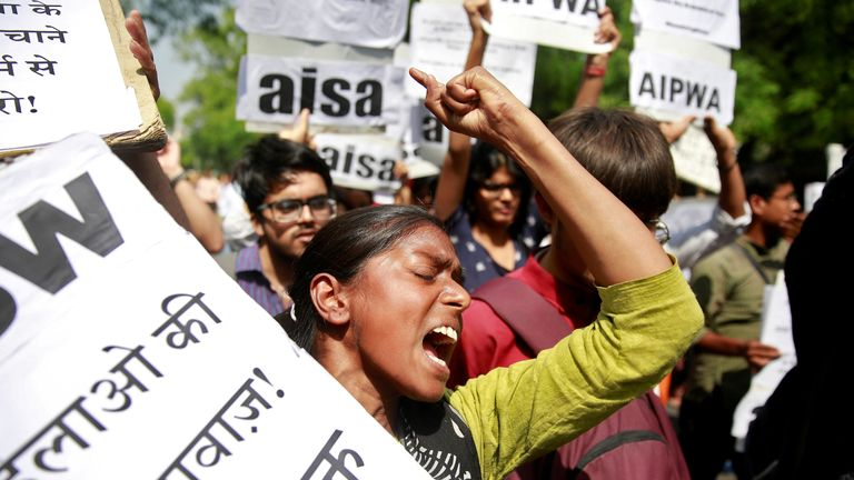 A woman calls out for stronger rape laws in India