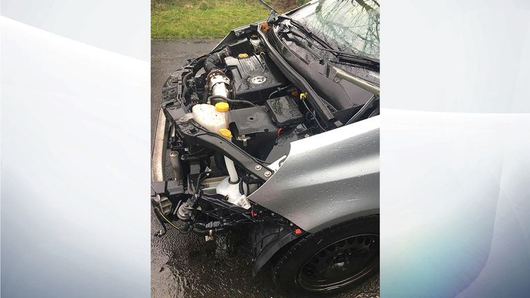 The bonnet, grille and lights were taken from this Corsa overnight