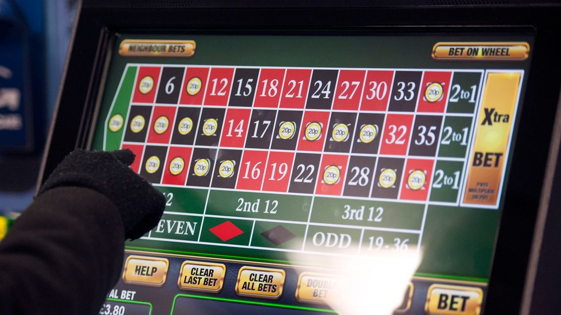 Sports Minister Tracey Crouch quits over 'crack cocaine' betting machines