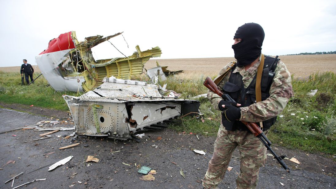 Australia demands talks with Russian Federation over downed MH17