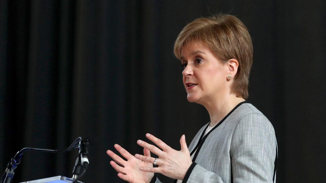 Sturgeon to 'restart debate' on Scottish independence
